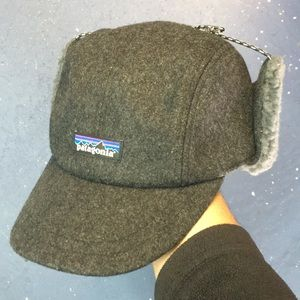 dc3c67cebe1 Patagonia Accessories - Patagonia Recycled Wool Ear Flap Cap - Forge Grey
